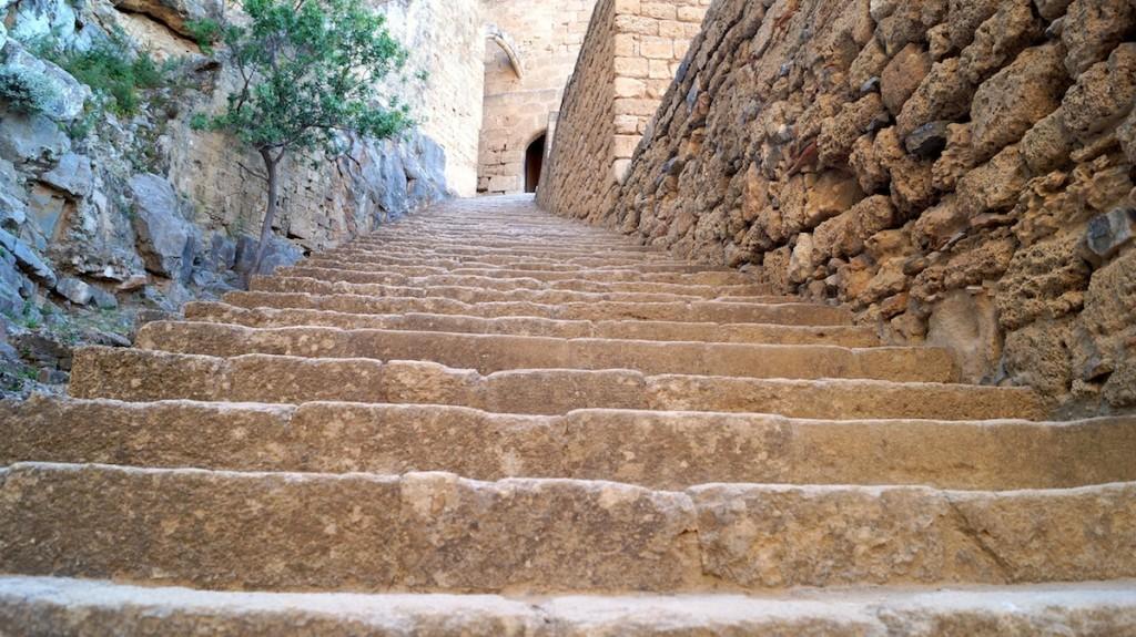 Le scale dei Cavalieri dell'Acropoli di Lindos