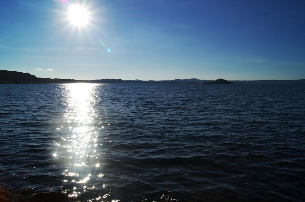 Lago di Bolsena l'acqua e il sole
