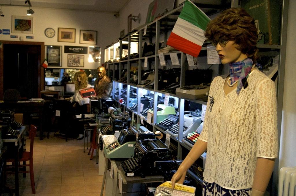 interno museo della macchina da scrivere