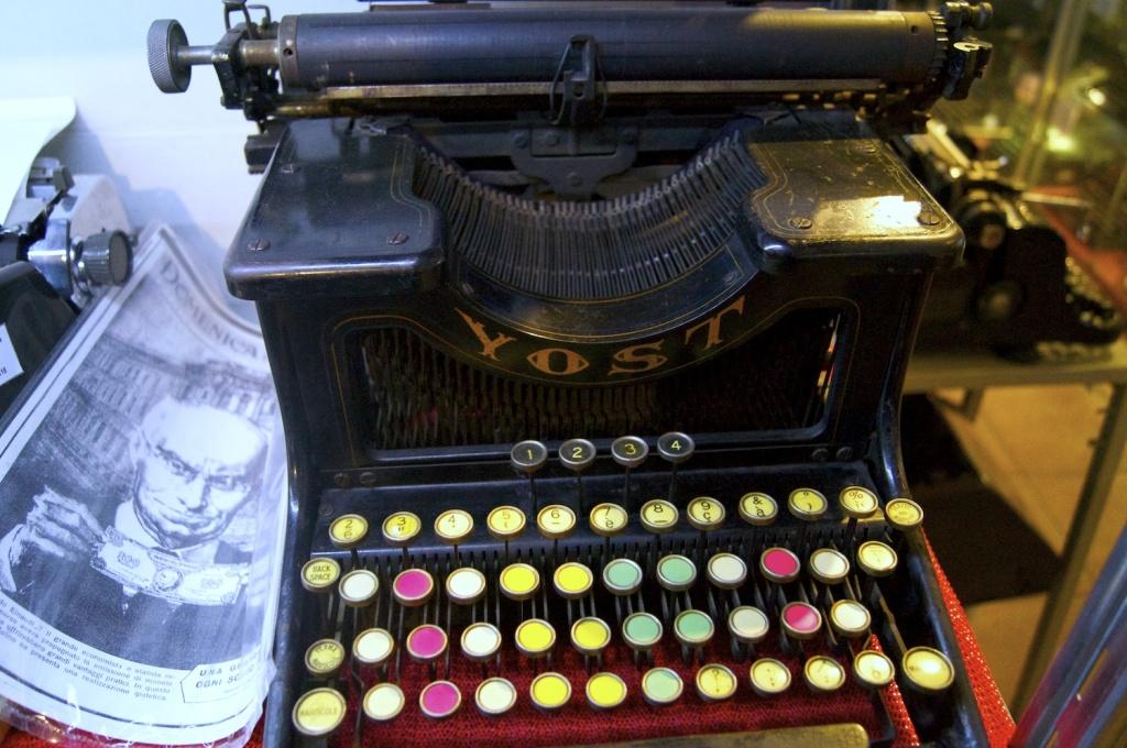macchina da scrivere per memorizzare i tasti