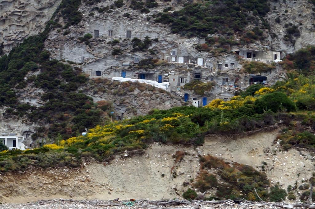 Le tipiche case di Palmarola