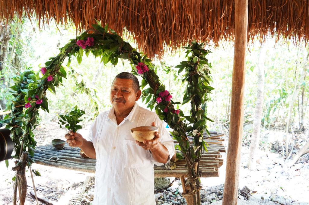 Rito maya nell'ecovillaggio di Esmeralda
