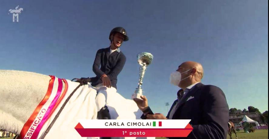 Carla Cimolai premiata al Milano San Siro Jumping Cup.